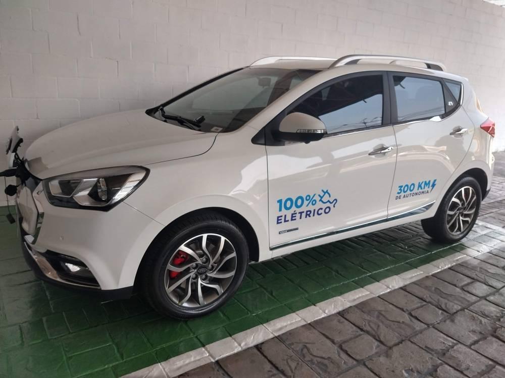 Lançamento 5 modelos 100% elétricos JAC Motors, Brasil.iEV 20, iEV 40 e iEV 330P. Test-drive. Sergio Habib, presidente do Grupo SHC e da JAC Motors Brasil. Veiculo elétrico.   [156876872515687687259158874875.jpg]