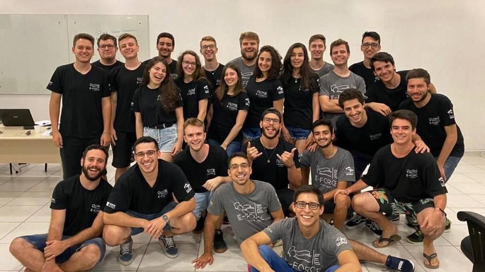 Equipe de Fórmula SAE da Universidade do Estado de Santa Catarina (UDESC) [161046207216104620728091253008.jpg]