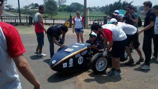 O post retrata a trajetória da equipe EEL Racing Fórmula SAE em relação a sua história como equipe e suas conquistas. [161558218616155821863788354908.png]