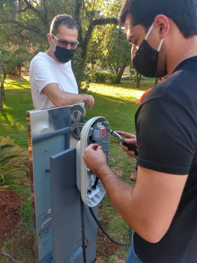 Sexta-feira 28/08/2020, equipe do Incharge fazendo instalação para um dos empreendimentos da Cyrela em São Paulo. [159890176515989017658784642961.jpg]