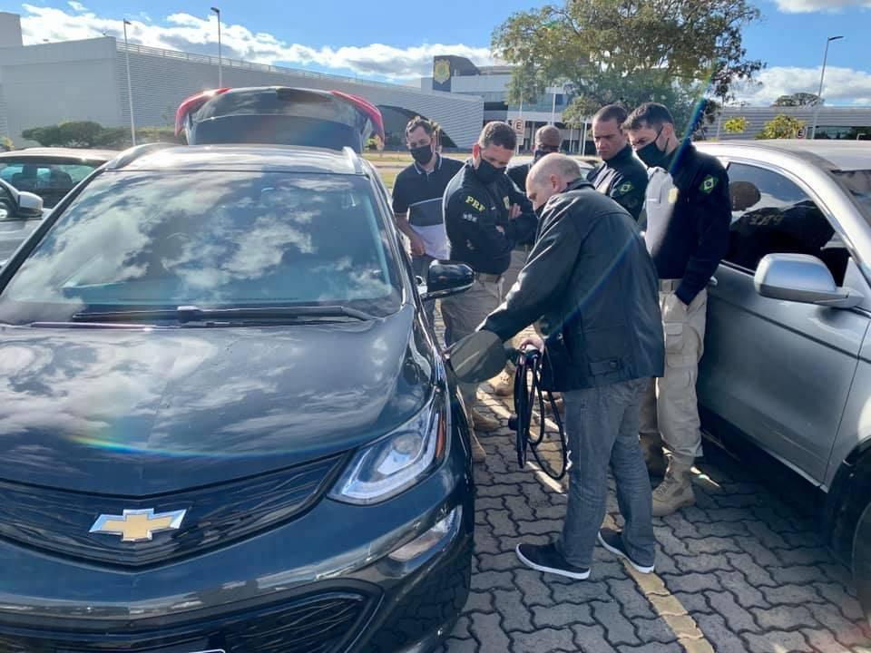 17 de junho de 2020, ocorreu a reunião da Presidencia da ABRAVEi e Coordenação Geral da RPF para tratar de temas relacionados a Mobilidade Elétrica nas estradas brasileiras. [159648379315964837930527864062.jpg]