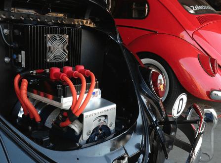 A transformação de um veículo convencional em elétrico não é uma tarefa muito simples. E um projeto que vai requerer investimento, conhecimento, um plano de conversão estruturado e tempo.  [156036723715603672379341522324.png]