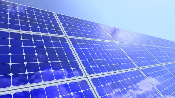 Dirigir um carro eletrico 100% sustentável, instalar painéis solares e energia voltaico. Soluções completos e 100% verde. [156186527615618652761999169691.png]