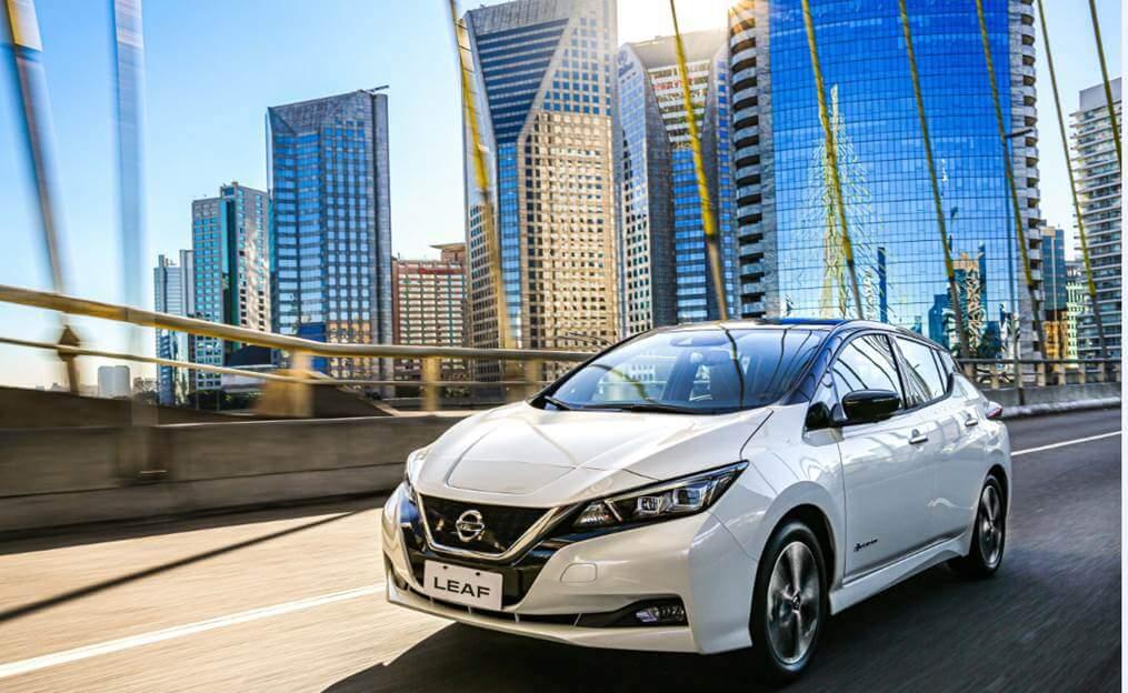 Especificações, preço, teste-drive carro eletrico Nissan Leaf Brasil.