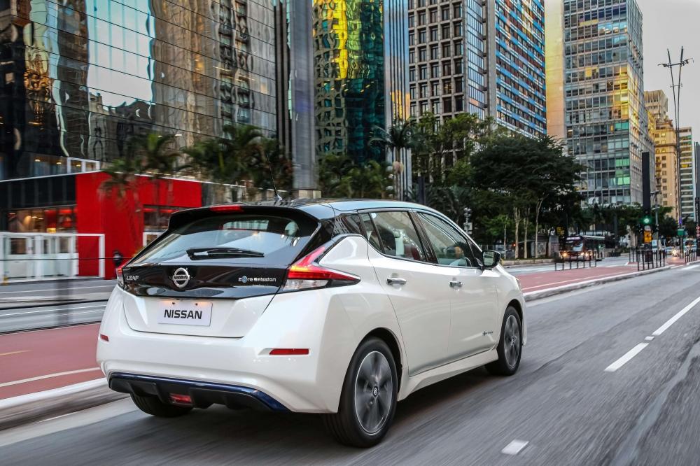 Especificações, preço, teste-drive carro eletrico Nissan Leaf Brasil. [156540012515654001251151328323.jpg]