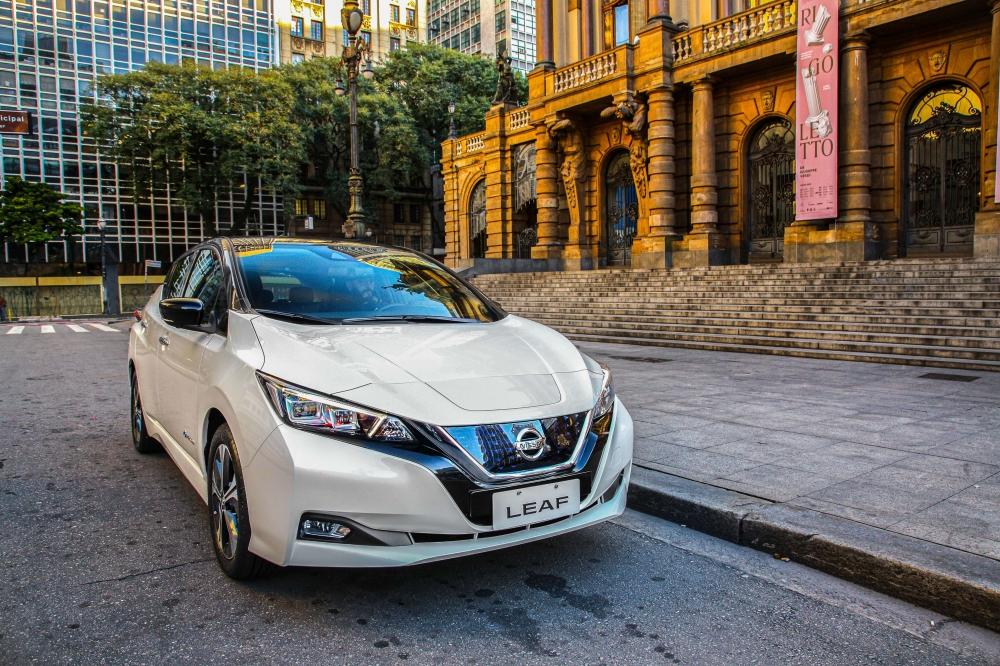 Especificações, preço, teste-drive carro eletrico Nissan Leaf Brasil. [156540012715654001274486575810.jpg]