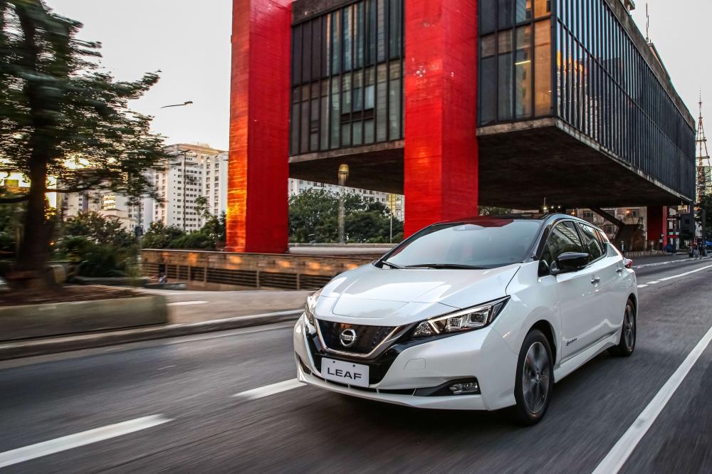 Especificações, preço, teste-drive carro eletrico Nissan Leaf Brasil. [156540024315654002436032315957.jpg]