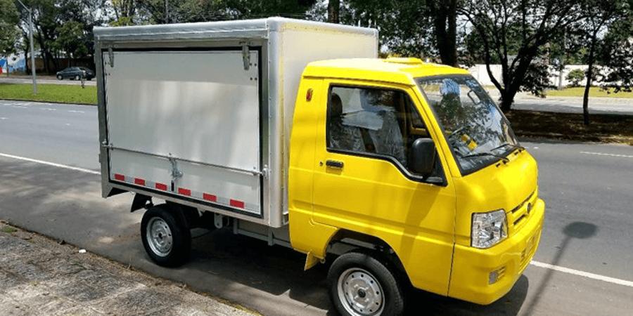 Especificações, preço, teste-drive carro eletrico Hitech Eletric e.coCargo Brasil.