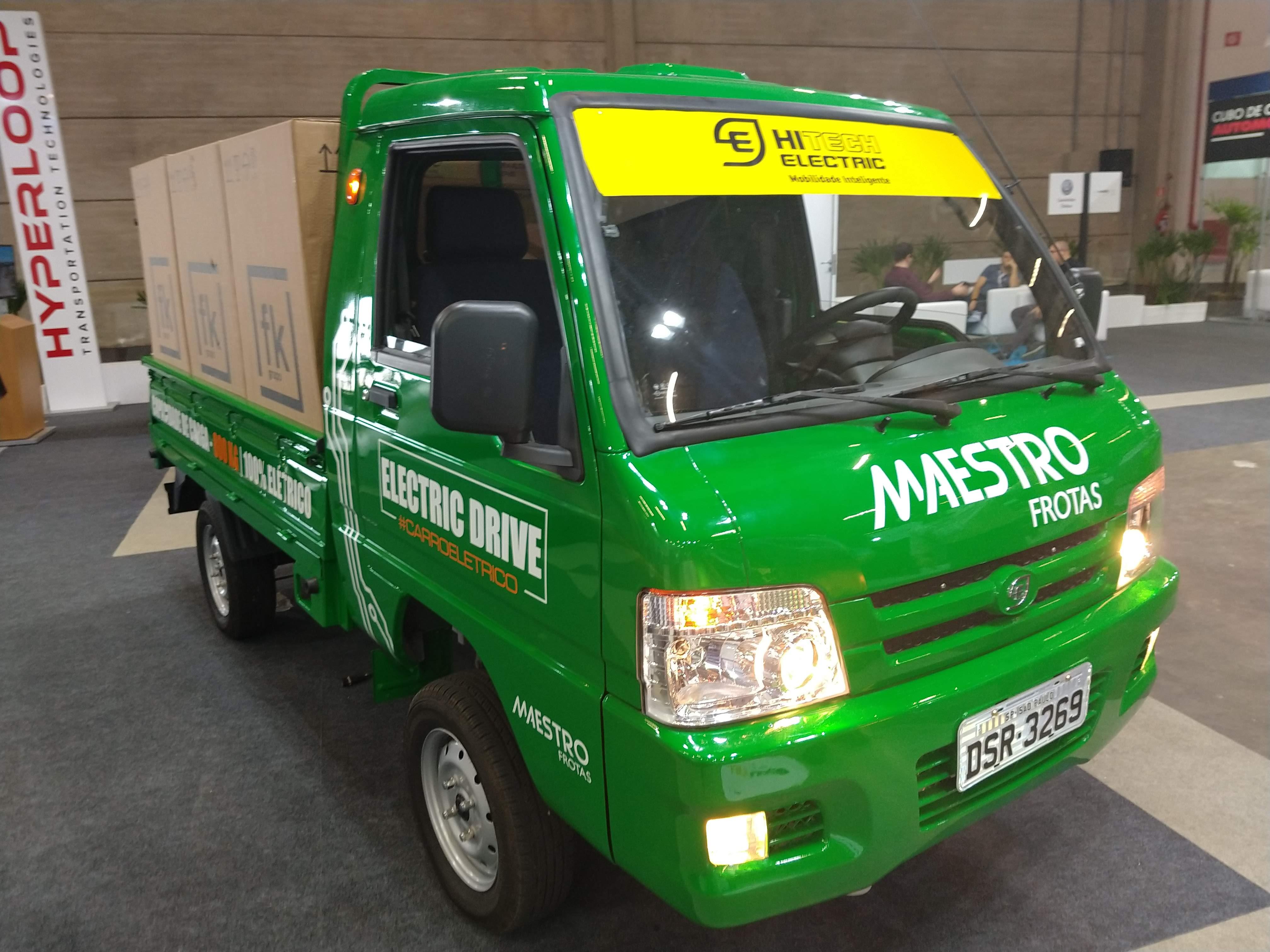 Especificações, preço, teste-drive carro eletrico Hitech Eletric e.coTruck Brasil.