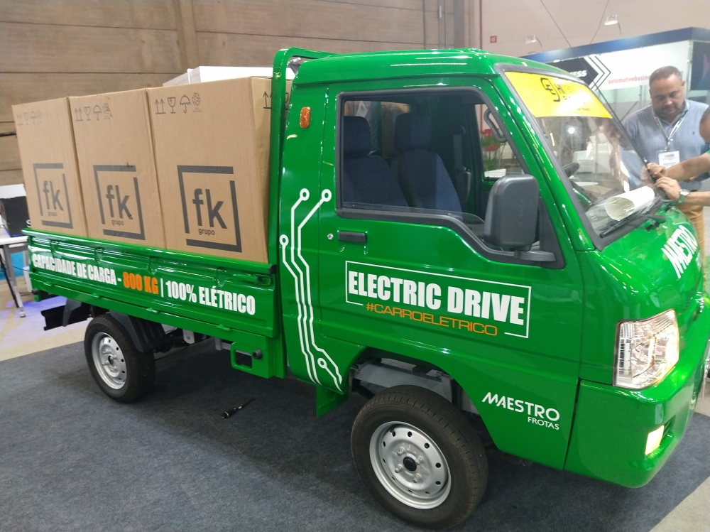 Especificações, preço, teste-drive carro eletrico Hitech Eletric e.coTruck Brasil. [157114707915711470797199504887.jpg]